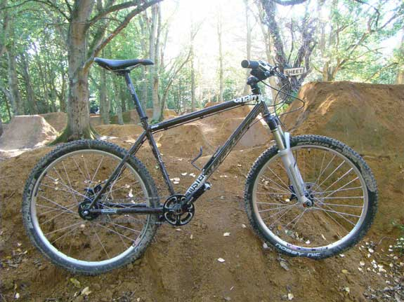 Charge Duster Eight mountain bike
