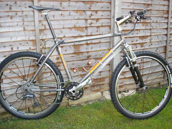 Orange Vit T2 mountain bike