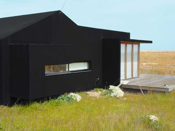 Modern house at Dungeness