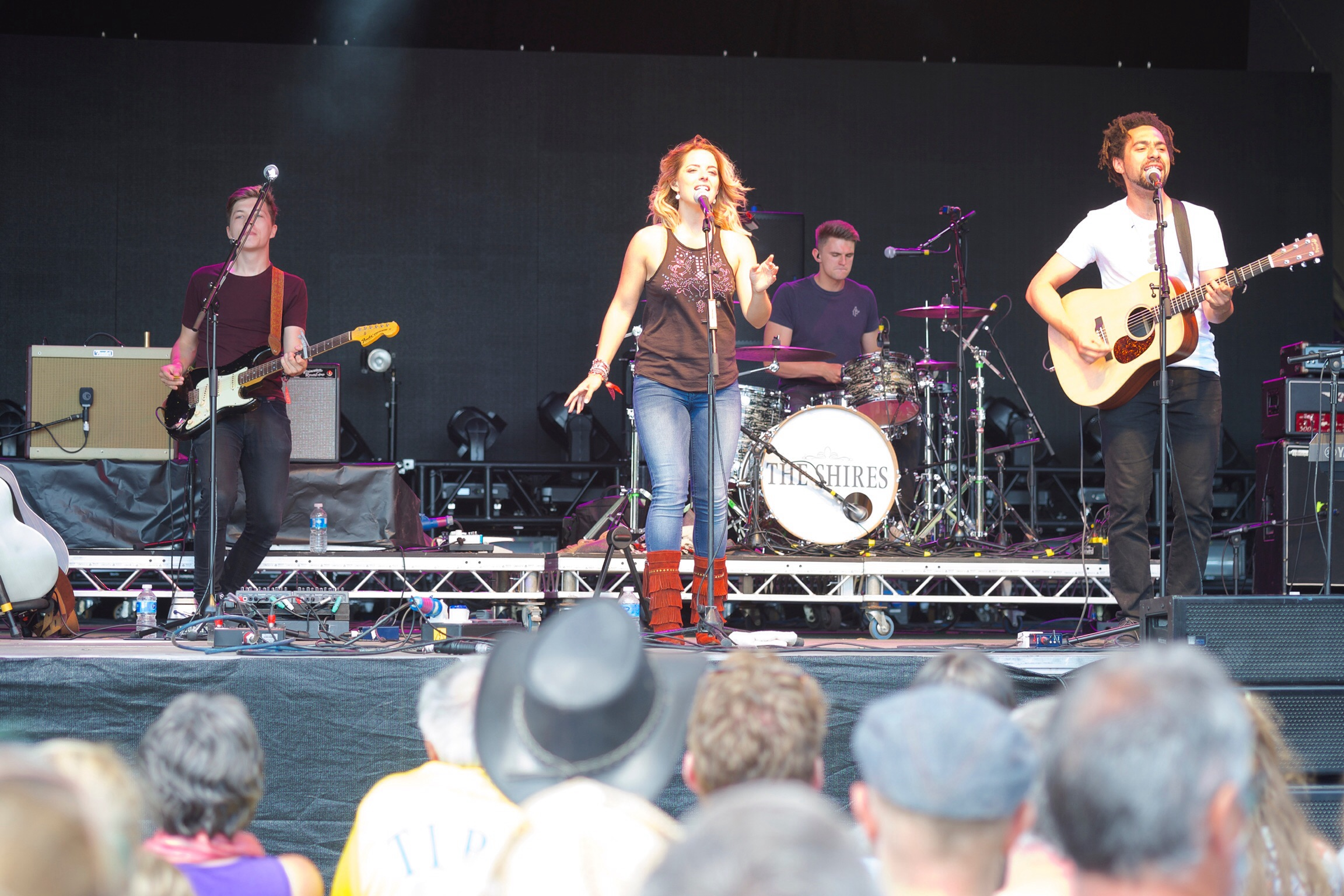 The Shires at Somersault 2015